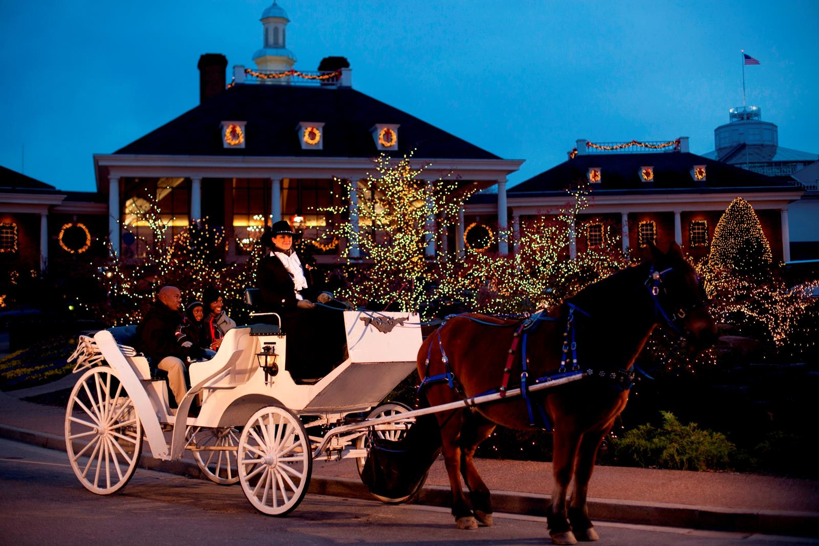 Gaylord Opryland Christmas Carriage